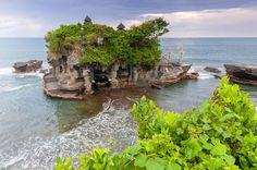 Templo de Tanah Lot en Bali, Indonesia - 35 postales que te enamorarán de Asia