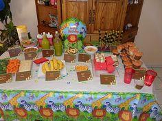 Super fun safari food for a kid party!