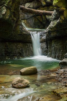 Devil's pass canyon, Croatia