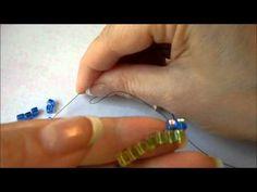 Basic Beading Stitches: Brick Stitch #tutorial #beading