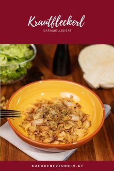 Ein vegetarischer (bzw. veganer) Klassiker der österreichischen Küche für die kalte Jahreszeit. Karamellisiertes Kraut mit kleinen Nudeln. Schmeckt köstlich und ist einfach zu machen. Foodblogger, Kraut, Ethnic Recipes, Vegetarian Burgers, Vegetarian Recipes, Vegans, Stew, Home Remedies
