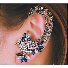 European Diamond  Parrot  Silver Alloy Ear Cuffs(Blue) (1 Pc... – MXN $ 67.47