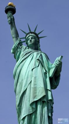 NYC: Lower Manhattan (Statue of Liberty und Ellis Island) Lower Manhattan, Manhattan New York, Bel Air, Lonely Planet, Liberty Island, Ellis Island, New York Vacation, New York Travel, City Photography