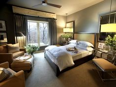 Hgtv dream home 2011 guest bedroom pictures and video Small Master Bedroom, Dream Bedroom, Home Bedroom, Modern Bedroom, Master Suite, Bedroom Decor, Bedroom Ideas, Guest Suite, Bedroom Designs