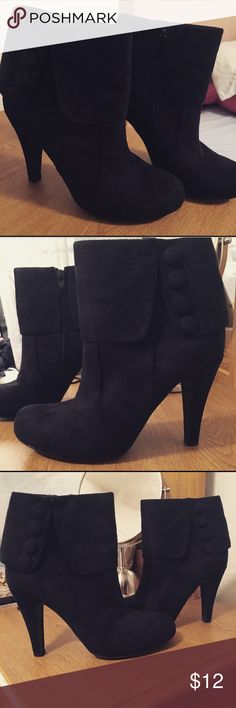 Ankle boots. Size 5 1/2 but can fit a size 5. In great conditions. Shoes Ankle Boots & Booties