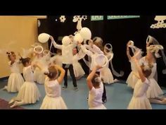 Taniec Śnieżynek Czarna Woda 2016 - YouTube Music And Movement, Church Crafts, Kids Videos, Musicals, Crafts For Kids, Youtube, Christmas, Kids Songs, Yule