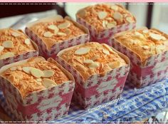 Resep Bolu Hongkong Keju Almond harum lembutt oleh Tintin Rayner - Cookpad Cheesecake Recipes, Cupcake Recipes, Cupcake Cakes, Dessert Recipes, Cupcakes, Cake Cookies, Indonesian Desserts, Asian Desserts, Indonesian Food
