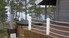 Kylläpä on paljusta mukavat näköalat Terrace, Deck, Cottage, Cabin, Outdoor Decor, Summer, Home Decor, Ska, Balcony