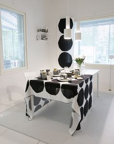 Dining Area, Kitchen Dining, Black And White Interior, Marimekko, Home Textile, My Dream Home, Sweet Home, Table Settings, Room Decor