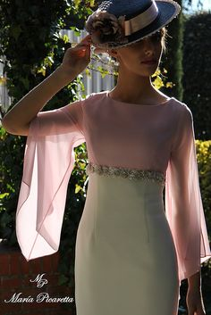 date night outfit Mother Of Bride Outfits, Mother Of Groom Dresses, Look Fashion, Luxury Fashion, Womens Fashion, Evening Dresses, Summer Dresses, Formal Dresses, Vestidos Vintage