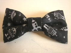 Handy clip-on bow tie for children  Space by TakeABowAmsterdam