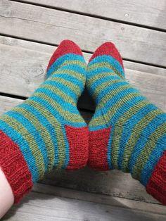 Lankaterapiaa: Tuku-sukat - Stripy socks made of Tukuwool Sock
