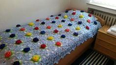 My world of crochet: And one more: Tadaaahhh !!! Lily Pond Crochet Bedspread. No pattern, just inspiration.