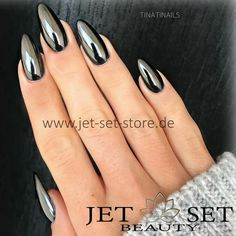 "1,096 Likes, 25 Comments - Jet Set Beauty (@jet_set_beauty_nails) on Instagram: ""Chrome Black Nails @jet_set_beauty_nails New https://www.jet-set-store.de/mirror-chrome-…"""