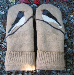 Womens Wool Sweater Mittens Junco Bird Applique made by MOEZADIAN                                                                                                                                                                                 More