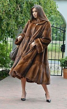 Nouveau 2016 demi Buff Royal SAGA MINK FUR libertin Manteau Clas Poncho sable Fox Veste | Clothes, Shoes & Accessories, Women's Clothing, Coats & Jackets | eBay!