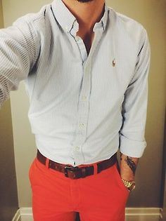 White shirt with light blue dress stripes, red pants Preppy Outfits, Classy Outfits, Fashion Outfits, Men's Fashion, Preppy Boys, Preppy Style, Style Men, Men's Style, Red Pants