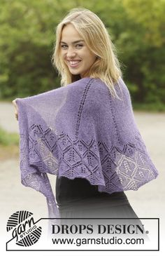 Angelique half-moon shaped lace shawl by DROPS Design. Free #knitting pattern