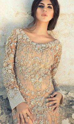 Fashion Pakistan #DiscountWomensClothingCanada Pakistani Fashion Party Wear, Pakistani Couture, Indian Fashion Dresses, Indian Designer Outfits, Designer Dresses, Pakistani Bridal Dresses, Pakistani Wedding Dresses, Pakistani Outfits, Designer Sarees Wedding