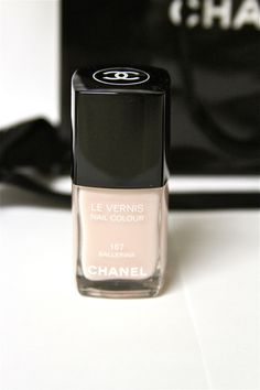 Classy and fabulous: CHANEL MAKEUP GIVEAWAY (closed)