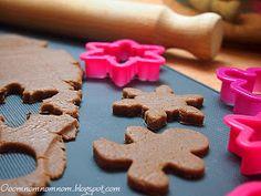 Ooomnomnomnom !: Najlepsze świąteczne pierniczki :) Pyszne, proste i można je zrobić tuż przed samymi świętami! 20 Min, Gingerbread Cookies, Christmas, Food, Bakken, Gingerbread Cupcakes, Xmas, Essen, Navidad