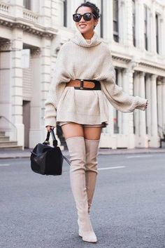 36 cozy outfit ideas that are still sexy ★ stylish cozy street looks Picture 4 … Sexy Winter Outfits, Winter Night Outfit, Winter Outfit For Teen Girls, Casual Winter, Night Outfits, Sexy Outfits, Trendy Outfits, Outfit Night, Winter Dresses