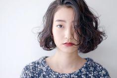 髪型 ヘアカタログ Short Hairstyles For Women, Girl Hairstyles, Bob Perm, Curly Hair Styles, Natural Hair Styles, Summer Haircuts, Cut Her Hair, Looks Chic, Good Hair Day