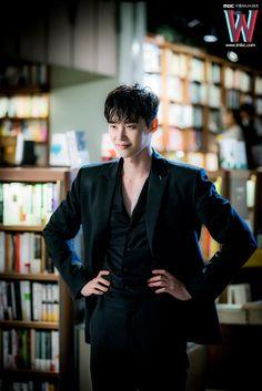 ❤❤ 이종석 Lee Jong Suk || one beautiful face ♡♡ that smile.. that look.. || W Two Worlds - Kang Chul
