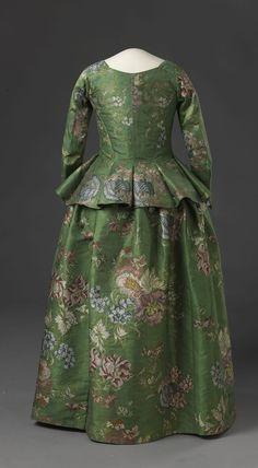 jacket and petticoat, 1730-60, Digitalt Museum