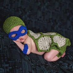 Cheap gift for baby, Buy Quality babies gift directly from China baby's own Suppliers: Crochet Pattern Teenage Mutant Ninja Turtle Inspired Baby Photo Prop Super Cute Baby Halloween Outfit Newborn Gift Toddler Outfits, Baby Boy Outfits, Baby Halloween Outfits, Halloween Costumes, Winter Newborn, Turtle Costumes, Halloween Kleidung, Baby Girl Skirts, Usa Baby