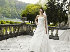 Buy Wedding Dress, Princess Wedding Dresses, Bridal Dresses, One Shoulder Wedding Dress, Dress Lilly, Elegant, Fashion, Dance In, Wedding Dress Princess