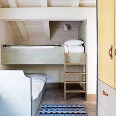 Clever Bunkbeds - Design Ideas For Loft Conversions - Attic Rooms . Small Attic Room, Bunk Beds Small Room, Small Room Decor, Kids Bunk Beds, Attic Rooms, Attic Bathroom, Attic Playroom, Attic Apartment, Garage Attic
