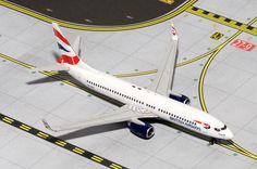"1/400 Gemini Jets British Airways (Comair) Boeing 737-800w Registration: ZS-ZWI GJBAW1335 IN STOCK - item usually ships within 24 hours. Length 3.89"" Wingspan 3.38"" Each model is very collectible and"