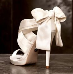33 Gorgeous Spring Wedding Shoes | HappyWedd.com