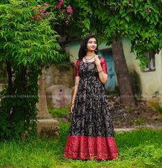 These Ethnic Long Dresses Will Give The Most Elegant Looks!! • Keep Me Stylish Long Gown Dress, Saree Dress, Long Frock, Long Dresses, Long Gowns, Indian Gowns Dresses, Indian Fashion Dresses, Indian Outfits, Mehendi Outfits