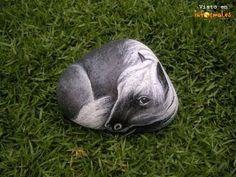 piedras pintadas a mano de animales - Buscar con Google