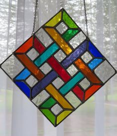 Superb Rainbow Stained Glass Suncatcher Panel – pewtermoonsilver – Carolann C Eternal Knot! Superb Rainbow Stained Glass Suncatcher Panel – pewtermoonsilver Eternal Knot Superb Rainbow Stained Glass by pewtermoonsilver Stained Glass Suncatchers, Stained Glass Designs, Stained Glass Projects, Stained Glass Patterns, Stained Glass Quilt, Stained Glass Panels, Mosaic Glass, Fused Glass, Mosaic Mirrors