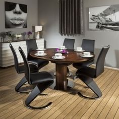 Lovely Extending Circular Dining Table