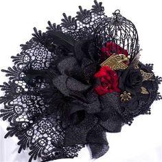 Caged Rose fascinator haarclip accessoire met vogelkooi, rozen en kant zwart - Gothic Victoriaans