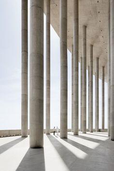 Best Ideas For Architecture and Modern Design : – Picture : – Description Brasilia National Stadium, Gmp Architekten Concrete Architecture, Space Architecture, Gothic Architecture, Monumental Architecture, Classical Architecture, Beautiful Architecture, Contemporary Architecture, National Stadium, Oscar Niemeyer