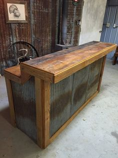 ‼️WE ARE NOW 8 10 WEEKS OUT ON ORDERS‼️ Starting 5 15 2020 LARGE Rustic Barnwood Bar with barn tin— Dimensions Bars are tall in the back (working serving area), in the front (seating drinking area), Width base, 6 in overhang) Bar Lengt Diy Bar, Diy Home Bar, Bars For Home, Backyard Bar, Patio Bar, Backyard Ideas, Desert Backyard, Cafe Central, Grill Bar