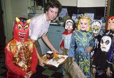 Halloween- 1965  https://www.pinterest.com/pin/ARcj_Q_Ujx3hTiSmJpd5PiDNZHiOcnK9kbsd7XUQXaufOlGd4M-uZek/