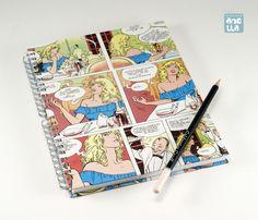 Libreta hecha a mano reciclando 4 páginas de un viejo ejemplar del comic «El perfume del invisible» de Milo Manara.