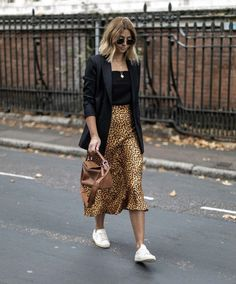 Leopard Print Skirt Outfit Ideas Black Tank Top Black Blazer Layered Necklaces Classic Aviators Sneaker Outfit Ideas Street Style Off Duty Style How to Style Leopard Skirt Blonde Hair Styles Balayage Medium Hair Styles Source by stylereportmag ideas black Fashion Mode, Look Fashion, Street Fashion, Autumn Fashion, Fashion Outfits, Womens Fashion, Fashion Trends, Fashion Ideas, Fashion Skirts