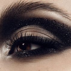 """She recently worked under the direction of famous makeup master Pat McGrath at New-York Fashion Week and designed the makeups for """"La forge aux étoiles"""", a Cirque du Soleil show presented at Futuroscope in France. More: http://blog.furlesscosmetics.com/marika-dauteuil/"""
