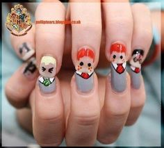 Harry Potter, Fred George Weasley and Draco Nail Art with HP on the thumb. I love painting fun nails! Harry Potter Nail Art, Harry Potter Nails Designs, Estilo Harry Potter, Harry Potter Love, Harry Potter Characters, Cute Nail Art, Cute Nails, Pretty Nails, Fred Und George Weasley