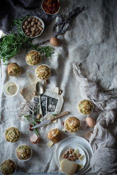 Muffin alla rucola, pomodori secchi e mandorle - Campi di fragole per sempre