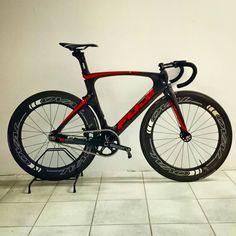Track Cycling, Fixed Gear Bike, Road Bike, Bicycles, Cycling Gear, Road Racer Bike, Fixed Gear, Bike, Bicycle