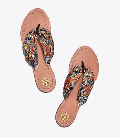 Visit Tory Burch to shop for Carson Flat Thong Sandal and more Womens New Arrivals. Find designer shoes, handbags, clothing & more of this season's latest styles from designer Tory Burch.
