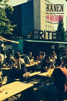 Kanen bij de Hofbogen in Rotterdam